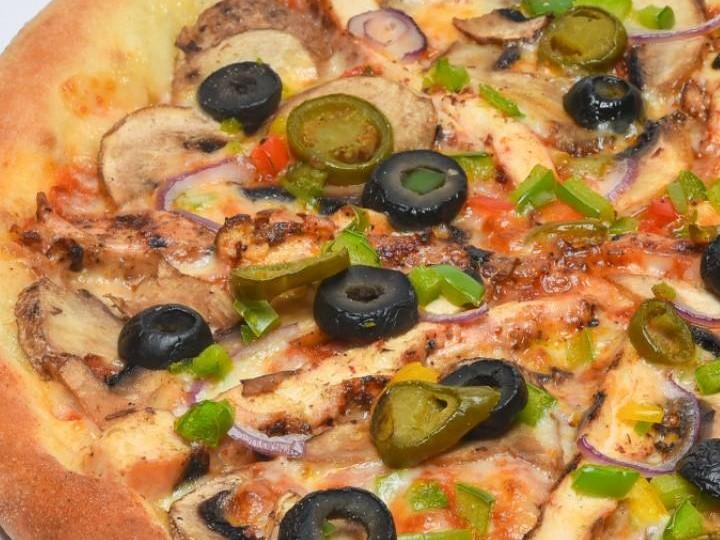 پیتزا چیکولند